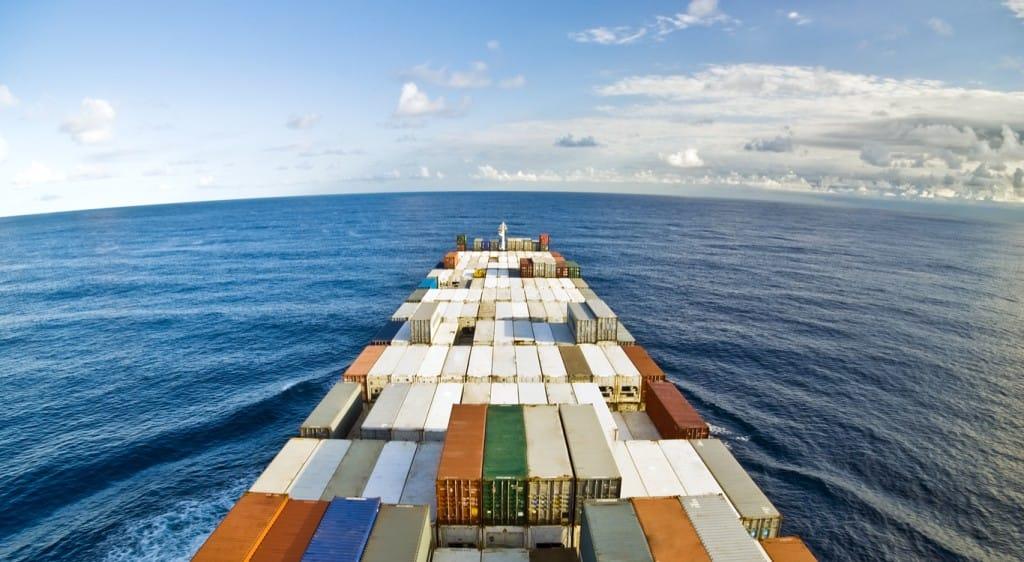 Importar de Asia sin intermediarios te garantiza un mayor control de la producción